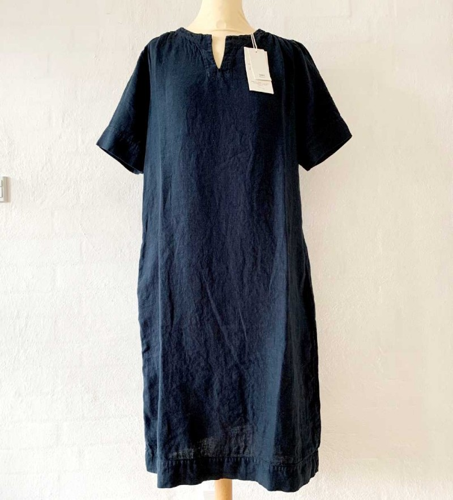 OWN 11002 - kjole i linen - midnight blue