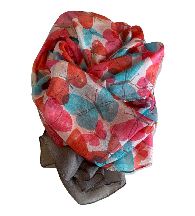 Aperitif Sjaler - sommerfugle - silketørklæde